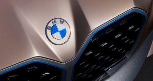 BMW odhalilo přepracované logo